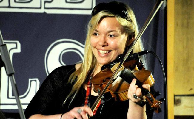 Cynthia MacLeod
