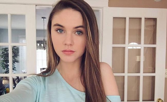 Julia Dunn